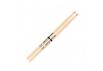 Promark American Hickory TXDC17W Scott Johnson Marching Drumsticks - Baget