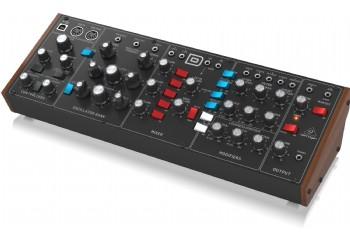 Behringer MODEL D - Synthesizer